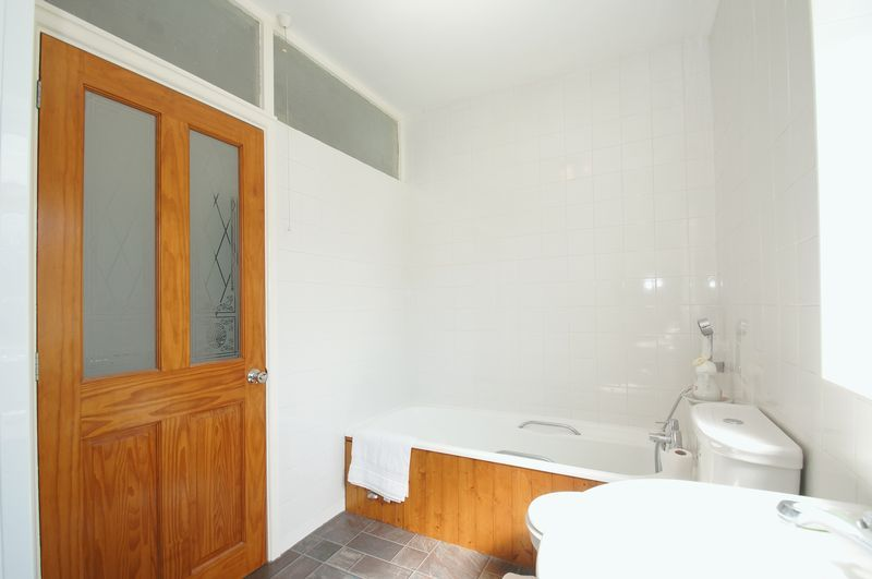 3 bed house for sale in New Road 12