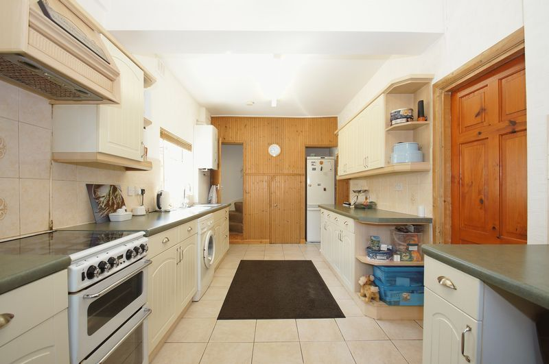 3 bed house for sale in New Road 5