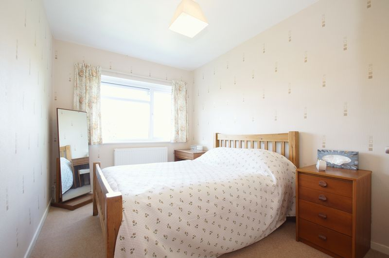 3 bed house for sale in New Road 9