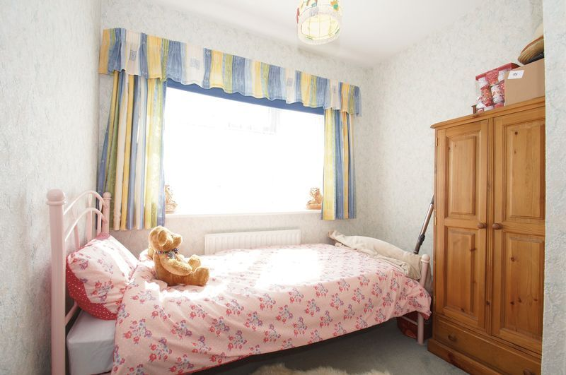 3 bed house for sale in New Road 10