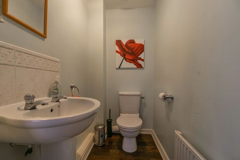 4 bed house for sale in Lily Green Lane 16