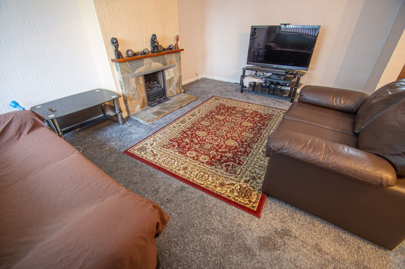 3 bed house for sale in Holmwood Drive  - Property Image 4