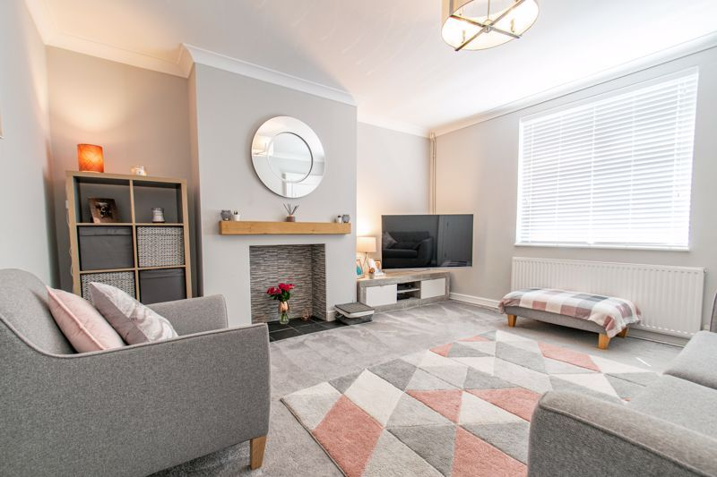 3 bed house for sale in Parsons Road 2