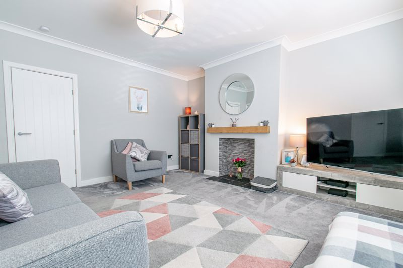 3 bed house for sale in Parsons Road  - Property Image 3