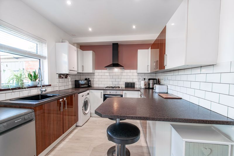 3 bed house for sale in Parsons Road  - Property Image 4