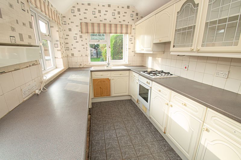 2 bed house for sale in All Saints Road 7