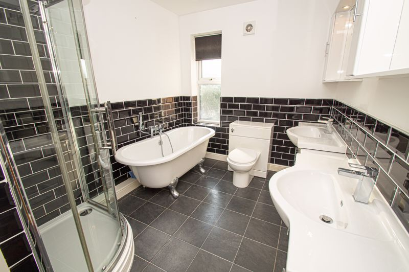 2 bed house for sale in All Saints Road 10