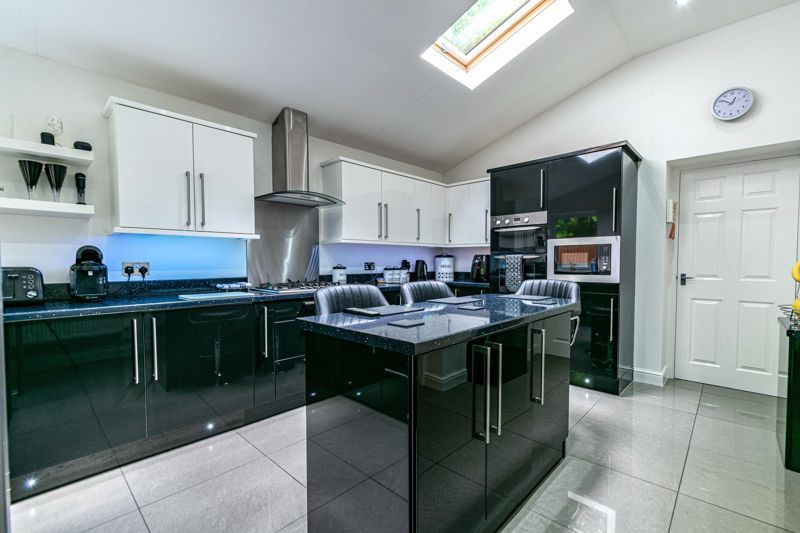 3 bed house for sale in St Georges Road  - Property Image 5