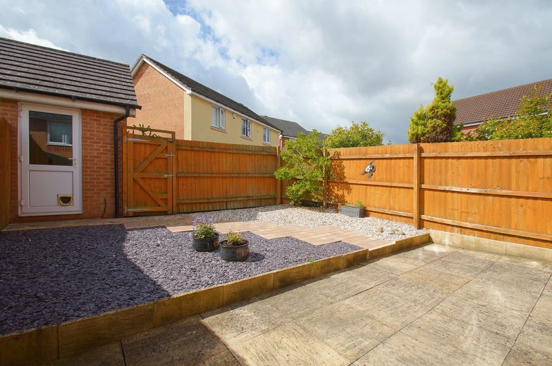 3 bed house for sale in Wheatcroft Close 14