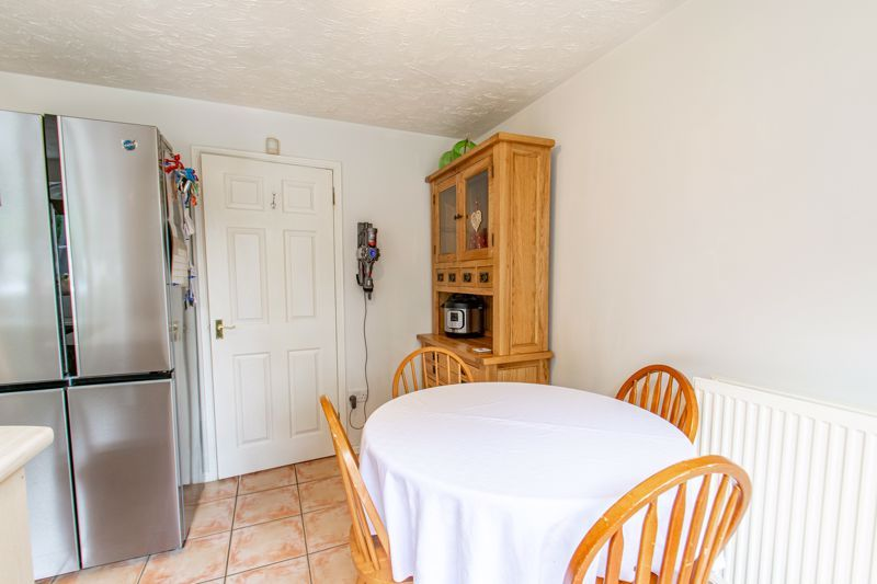 3 bed house for sale in Cleobury Close  - Property Image 4