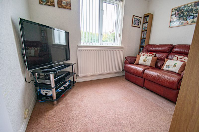 4 bed house for sale in Norbury Close  - Property Image 16