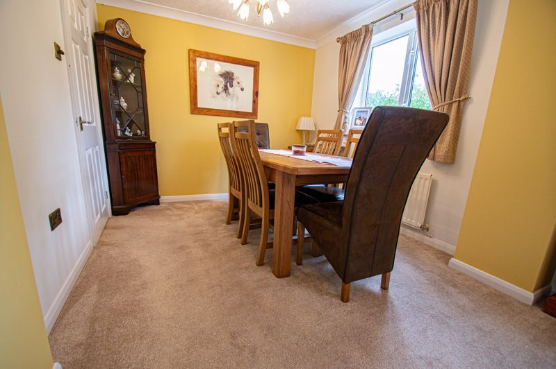 4 bed house for sale in Norbury Close  - Property Image 19