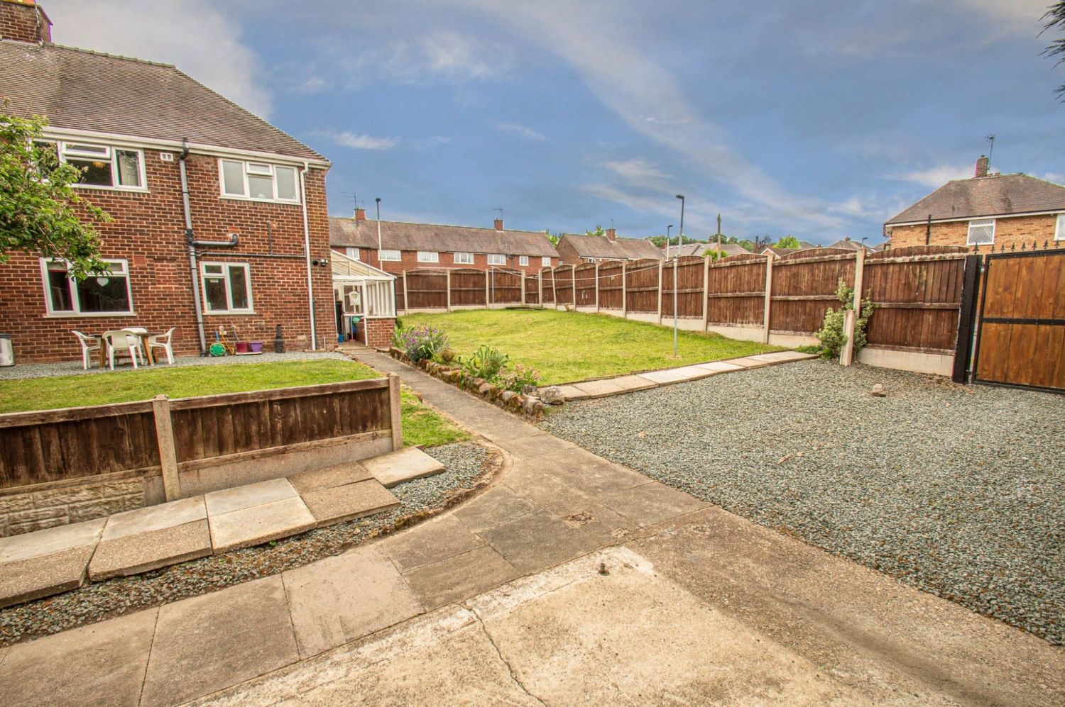 3 bed semi-detached for sale in Gauden Road, Wollescote 11