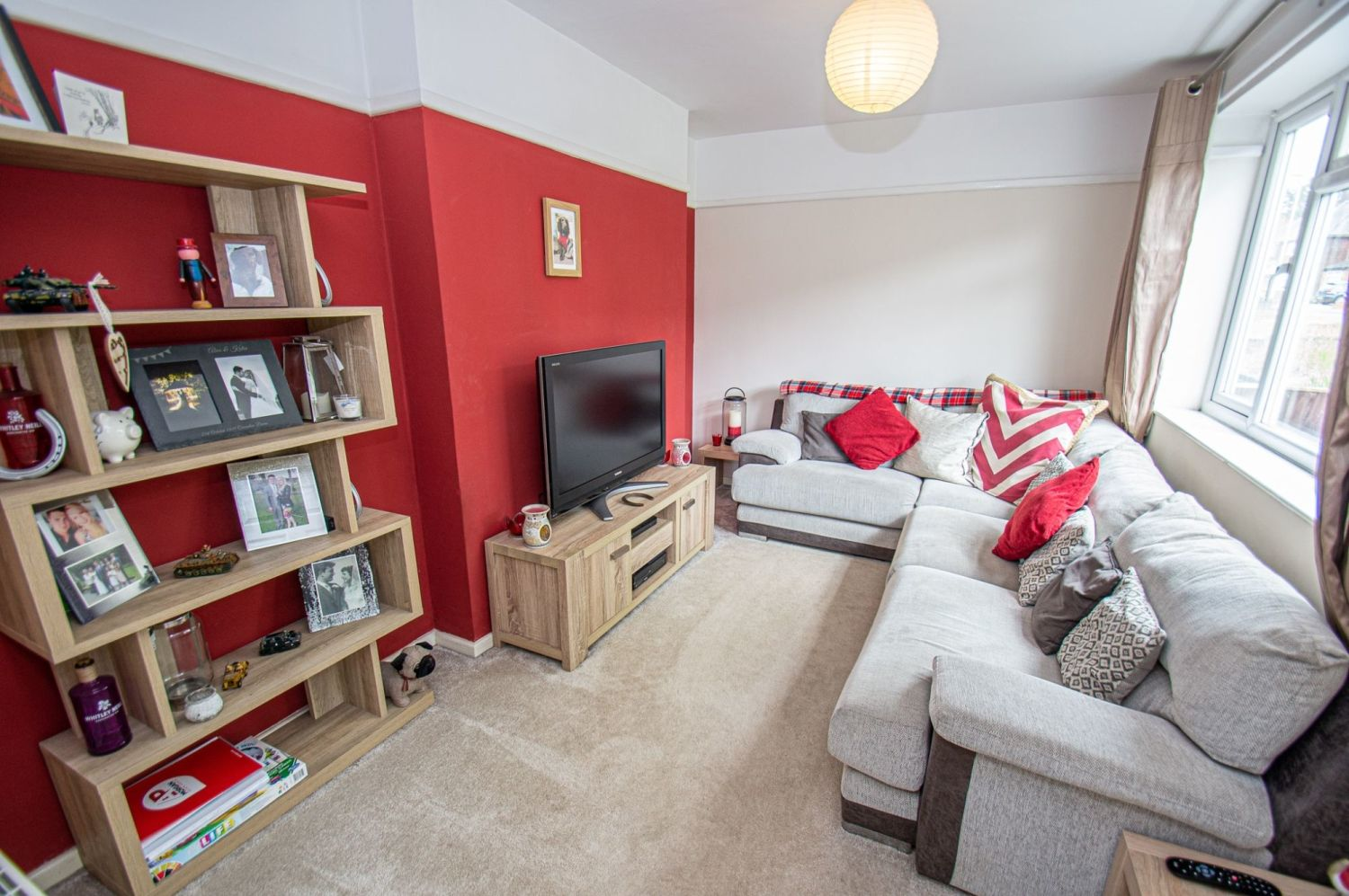 3 bed semi-detached for sale in Gauden Road, Wollescote  - Property Image 2