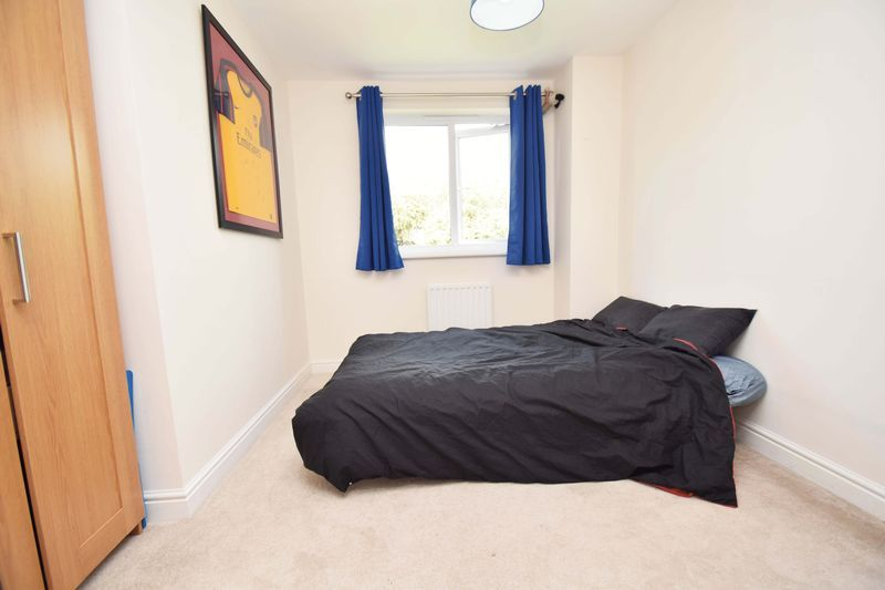 5 bed house for sale in Turntable Avenue  - Property Image 13