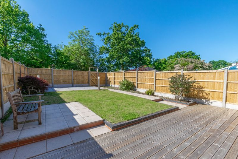 3 bed house for sale in Hollyberry Close 12