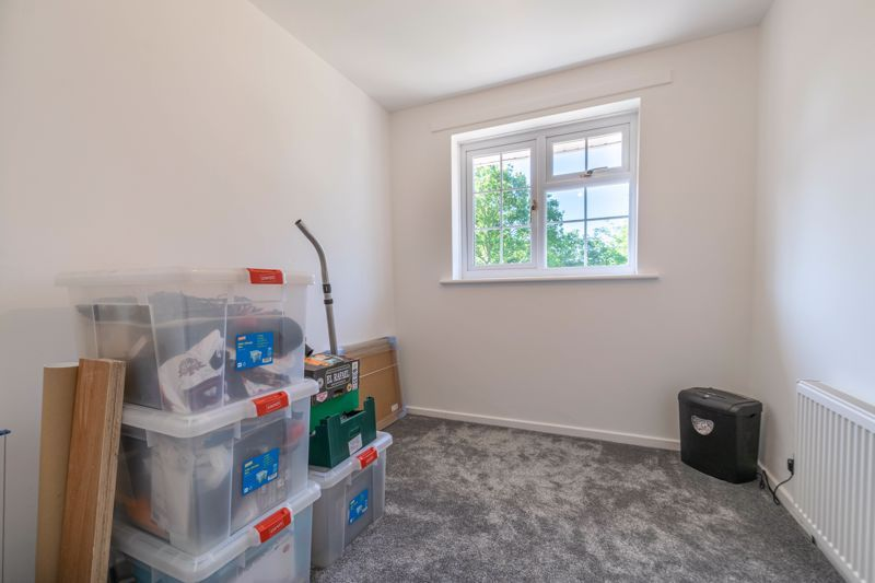 3 bed house for sale in Hollyberry Close  - Property Image 9