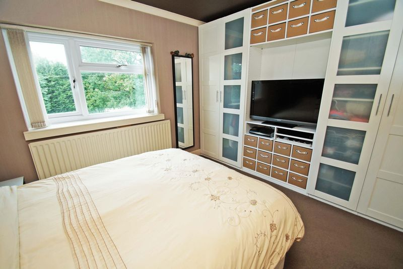 2 bed house for sale in Birmingham Road  - Property Image 6