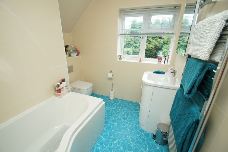 2 bed house for sale in Birmingham Road 8