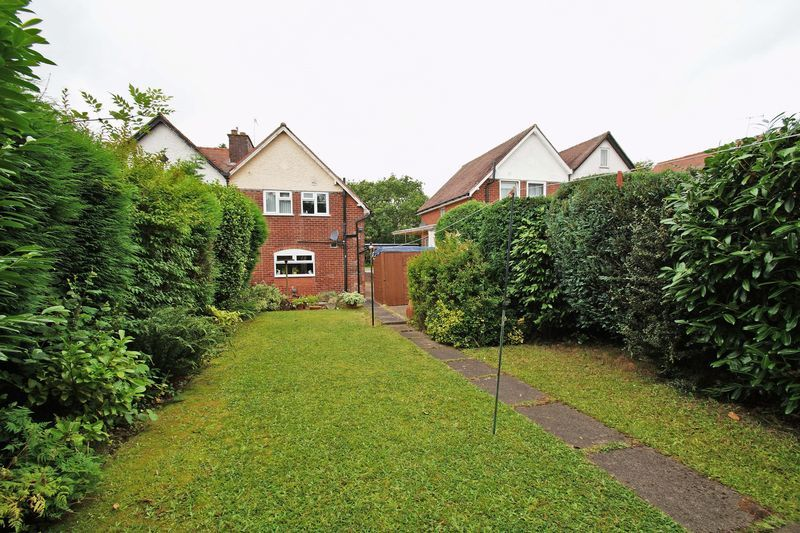 2 bed house for sale in Birmingham Road 10