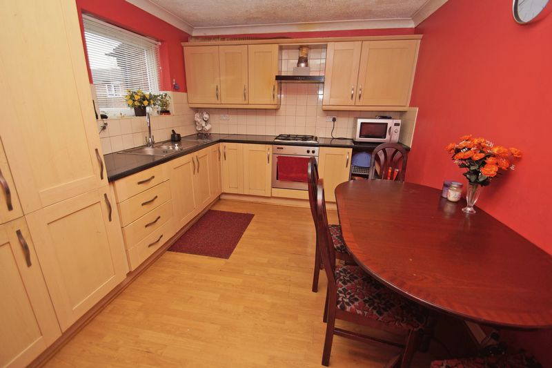 3 bed house for sale in Beoley Road West 2