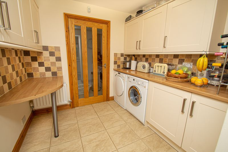 4 bed house for sale in Fulton Close  - Property Image 16