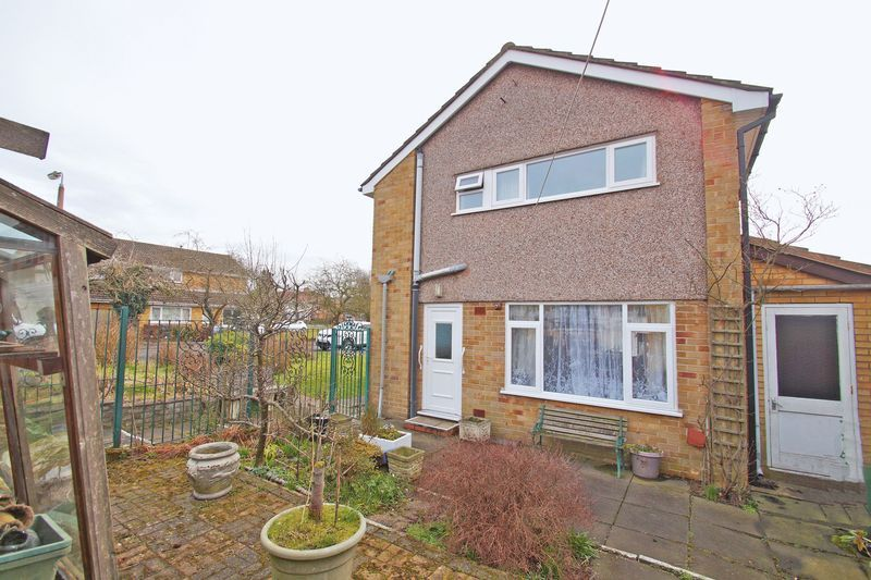 3 bed house for sale in Spadesbourne Road 12