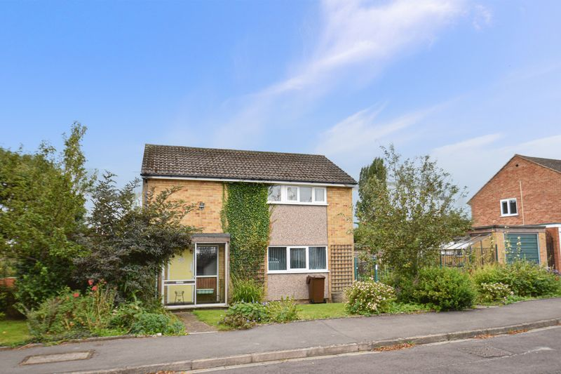 3 bed house for sale in Spadesbourne Road 9