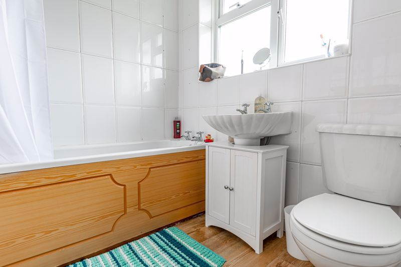 2 bed house for sale in Beech Road 10