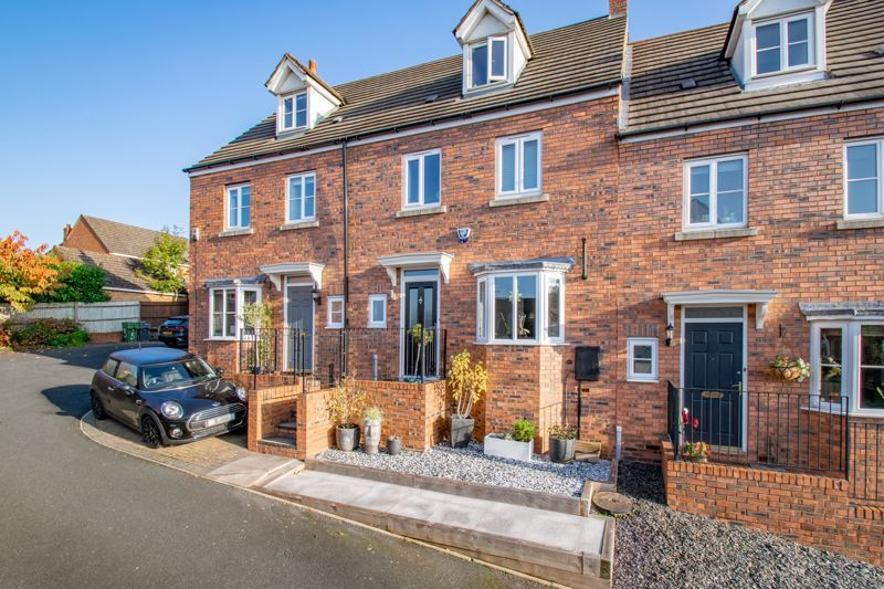 4 bed  for sale in Garrick Road 1