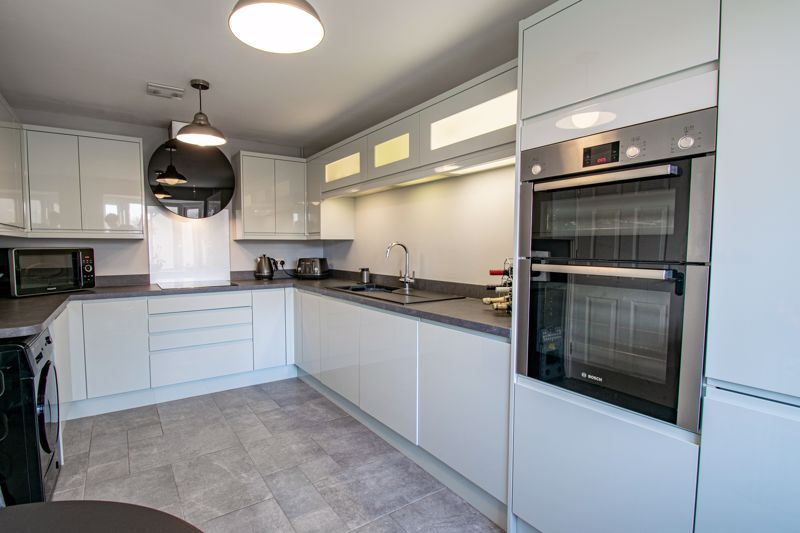 4 bed  for sale in Garrick Road  - Property Image 5
