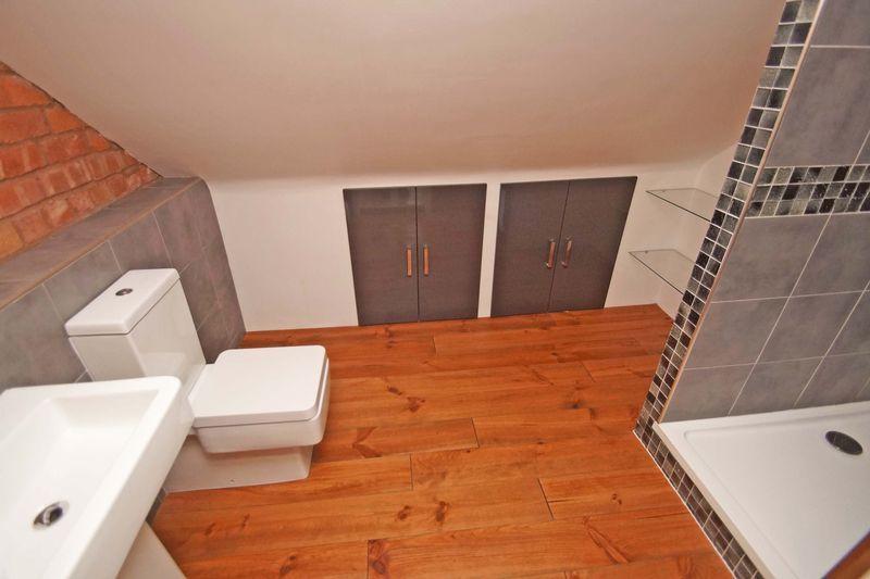 3 bed house for sale in Melen Street 9