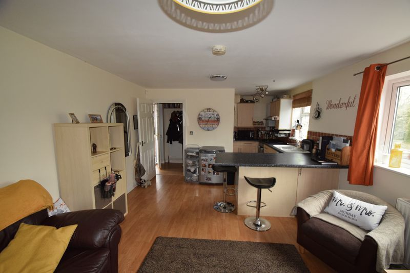 1 bed house to rent in Oak Tree Avenue  - Property Image 5