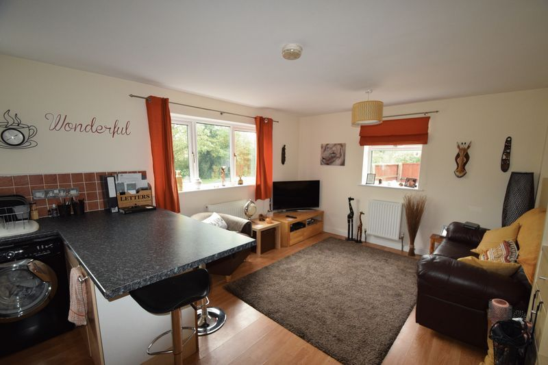 1 bed house to rent in Oak Tree Avenue 6