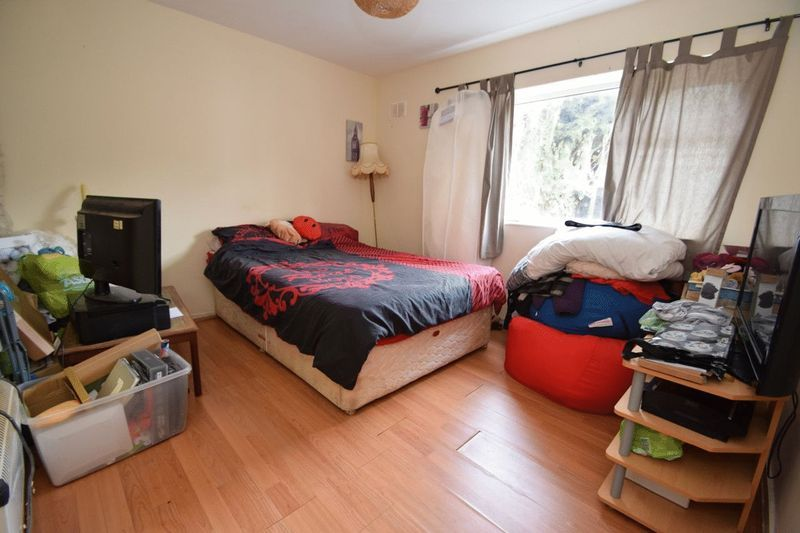 2 bed flat for sale in Farleigh Road  - Property Image 6