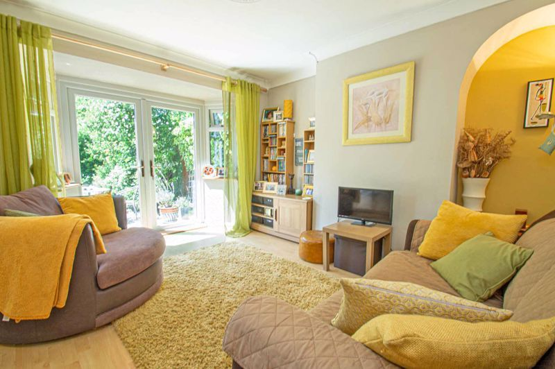 4 bed house for sale in Highfield Road  - Property Image 7