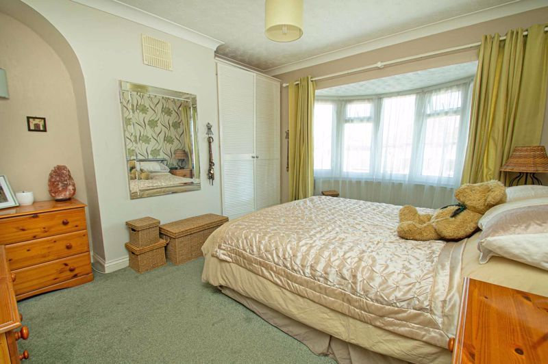4 bed house for sale in Highfield Road 10