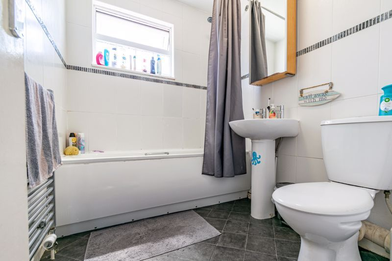 3 bed house for sale in Blakemere Close 12