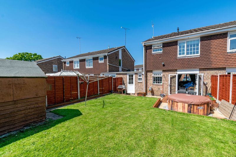 3 bed house for sale in Blakemere Close 13