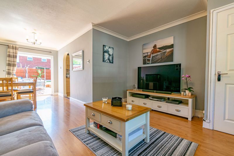 3 bed house for sale in Blakemere Close 3