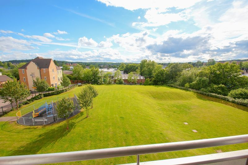 2 bed flat for sale in Hollington House  - Property Image 3