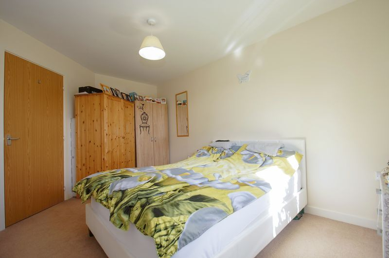 2 bed flat for sale in Hollington House 7