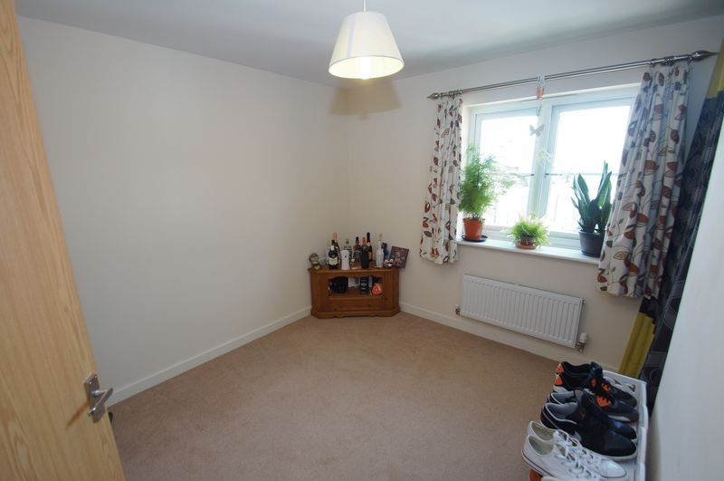 2 bed flat for sale in Hollington House 8
