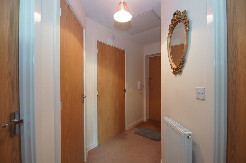 2 bed flat for sale in Hollington House  - Property Image 10