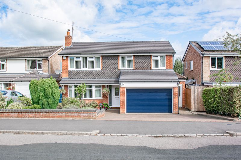 4 bed house for sale in Kidderminster Road 1