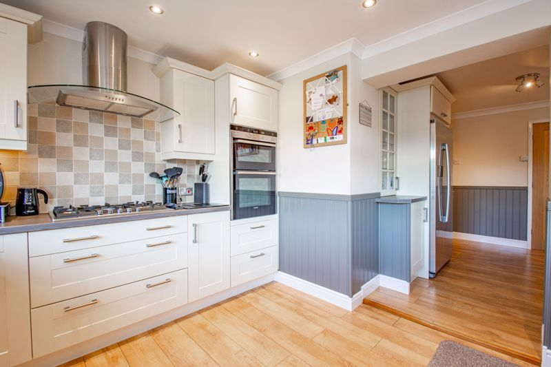 4 bed house for sale in Kidderminster Road 19