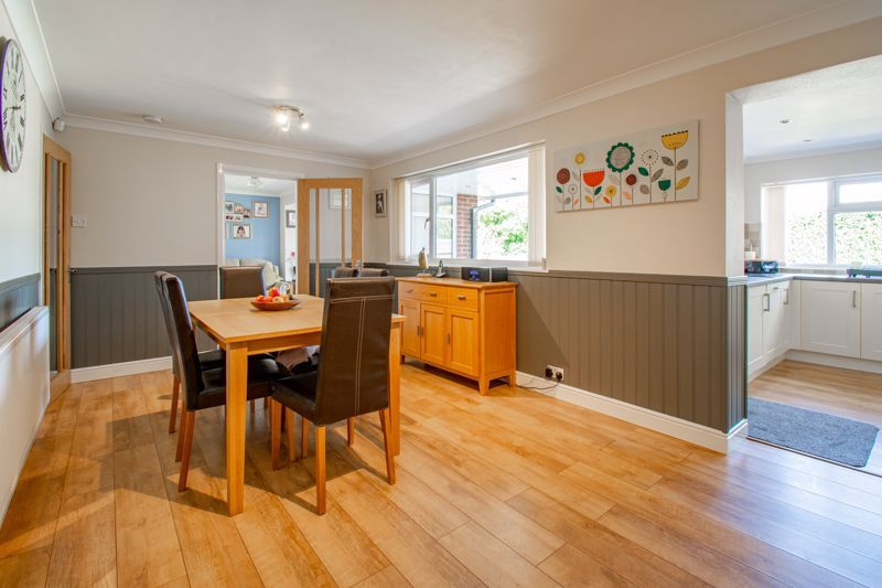 4 bed house for sale in Kidderminster Road  - Property Image 3