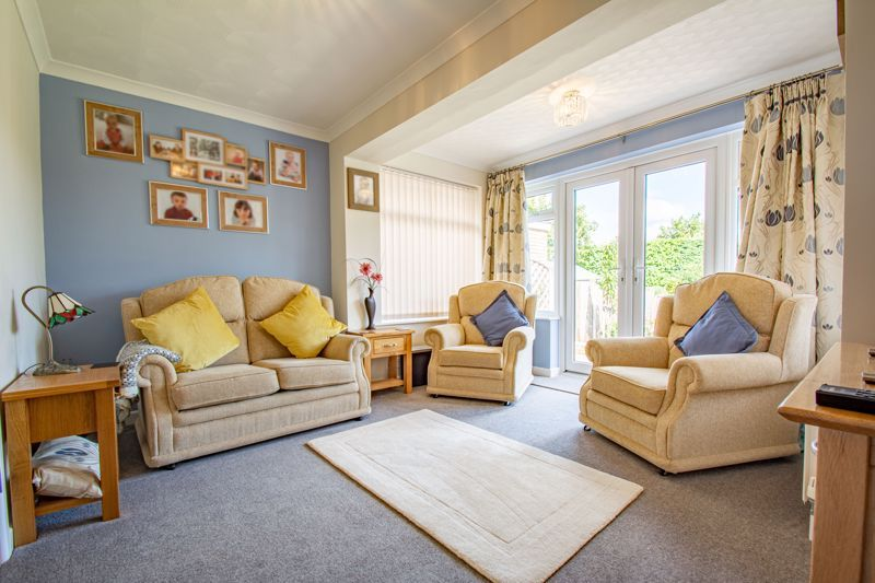 4 bed house for sale in Kidderminster Road 5