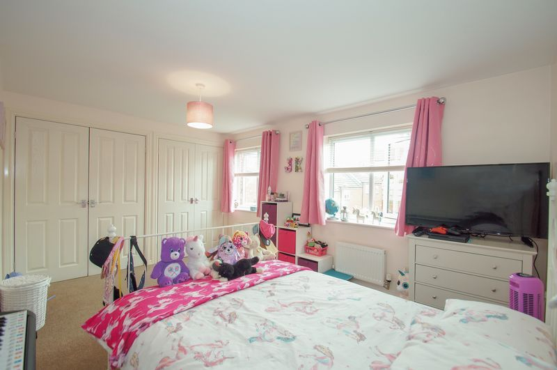 4 bed house for sale in Dixon Close  - Property Image 12