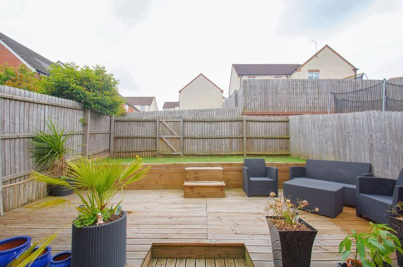 4 bed house for sale in Dixon Close  - Property Image 6